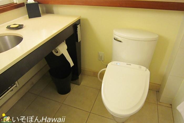 シェラトンワイキキの部屋のトイレ