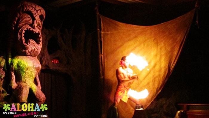 テ・モアナ・ヌイのショーの様子「ファイヤーダンス2つ目」
