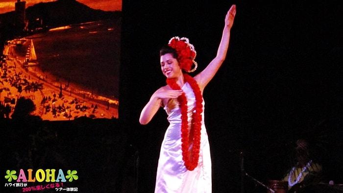 テ・モアナ・ヌイのショーの様子「妖艶なダンス」