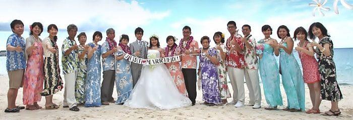 ハワイ挙式の衣装サンプル